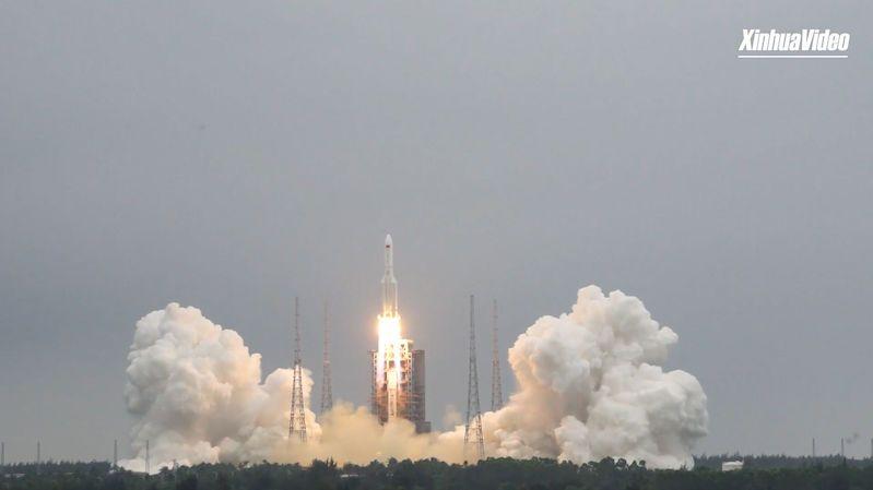 Čína vypustila do kosmu základní modul své orbitální stanice Nebeská harmonie