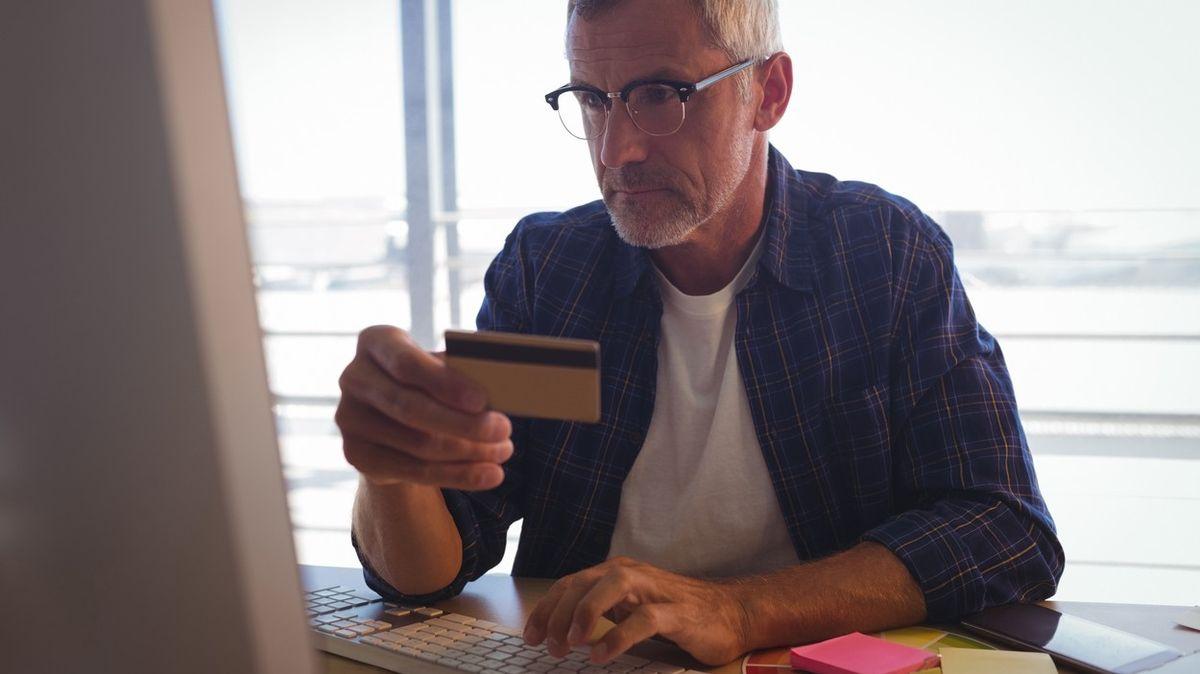 Finanční poradna: Návod k použití musí být v češtině