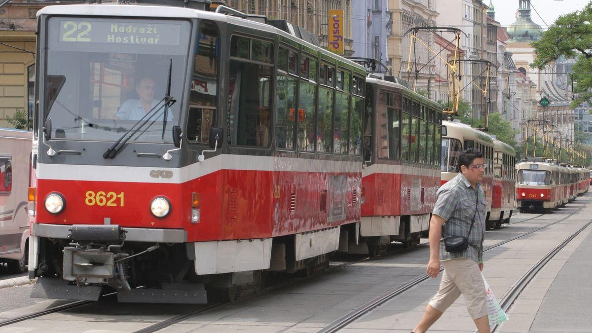 Praha zažije poslední jízdu tramvají T6A5