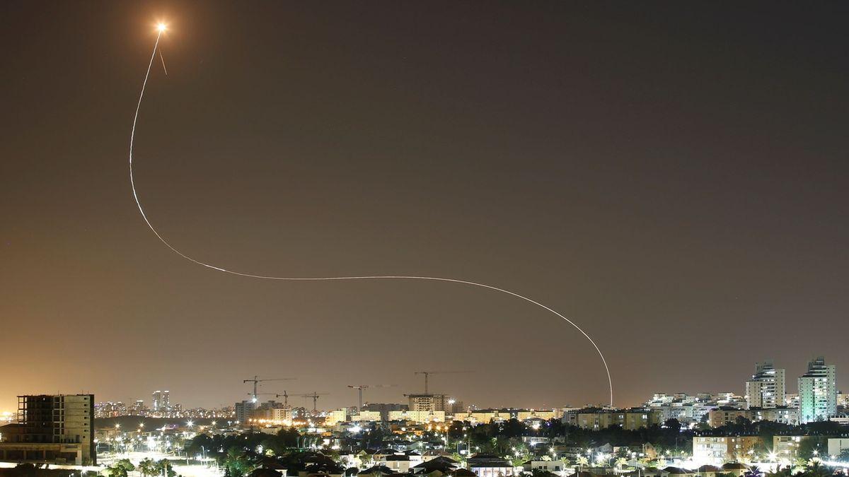 HRW: Ostřelování Izraele raketami je válečný zločin, Hamás by ho neměl omlouvat