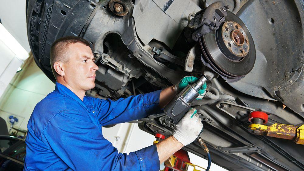 Ceny oprav automobilů rostou, kvůli složitější technice