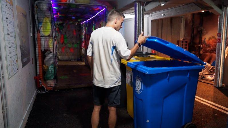 Žádná Ermitáž. V nejnovějším petrohradském muzeu hraje prim odpad