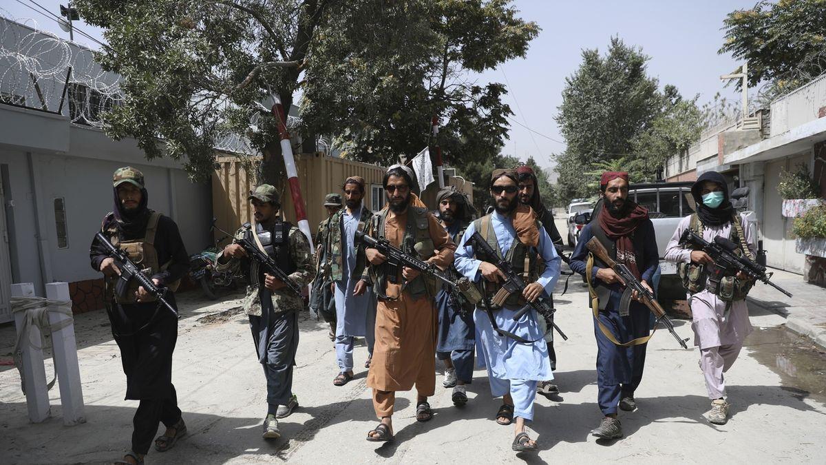 Tálibán chtěl v roce 2001 kapitulovat, Washington vyjednávání odmítl
