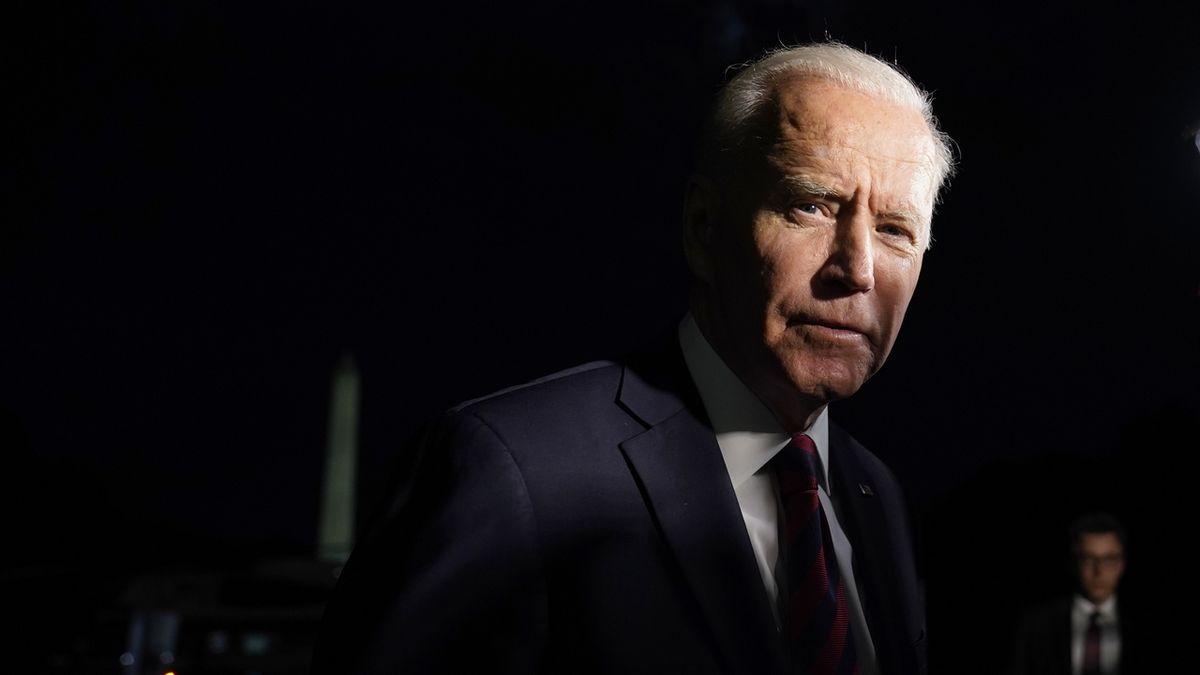 Tálibán Afghánistán neovládne, tvrdil americký prezident Biden. Má krev na rukou, viní ho kritici