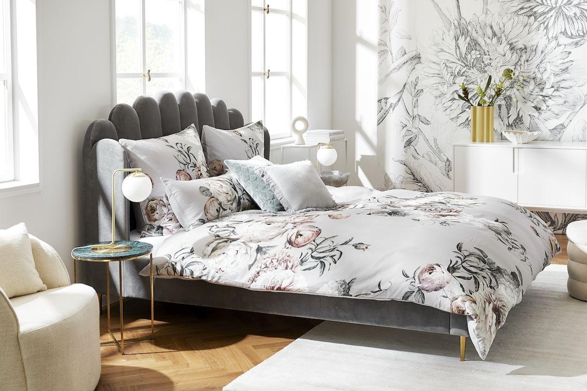 V ložnici udržujte teplotu v rozmezí 18 až 24 °C, při vyšší teplotě tělo vydává energii a narušuje se hluboký spánek.