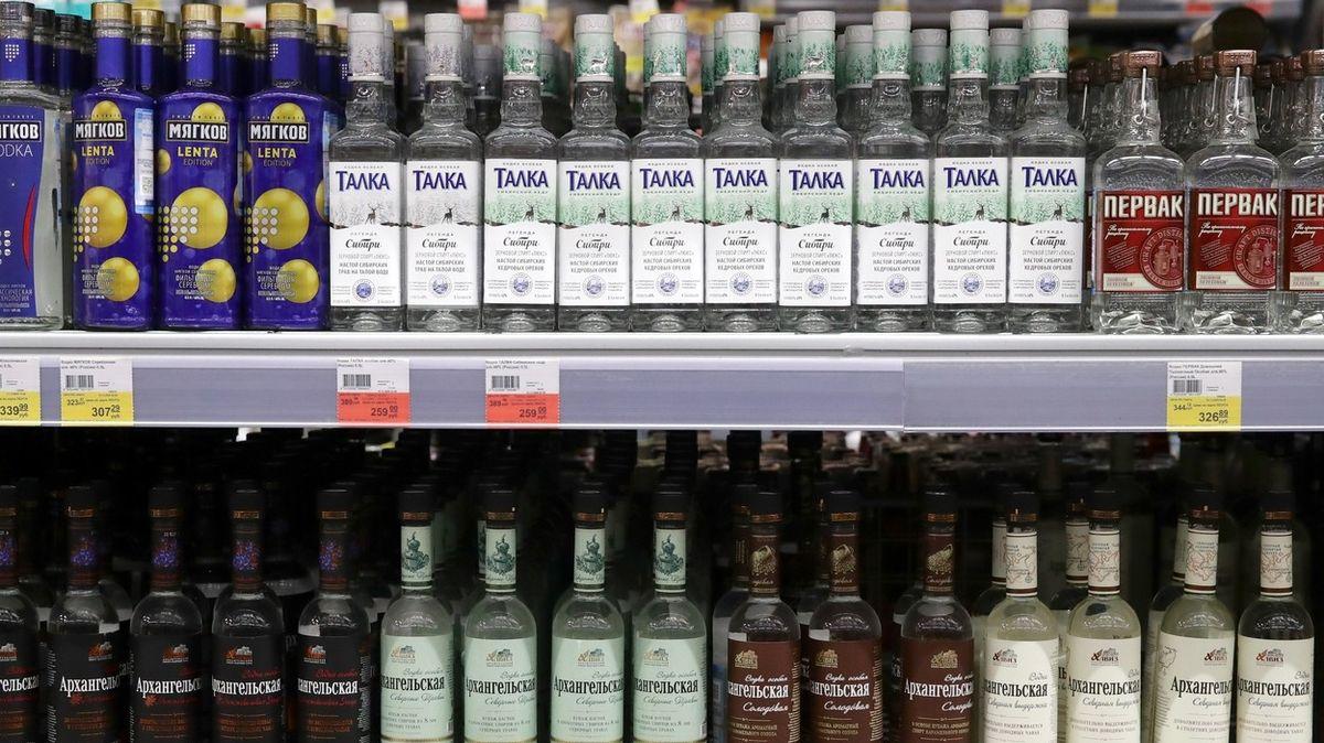 V Rusku klesá prodej vodky, spotřeba nikoliv
