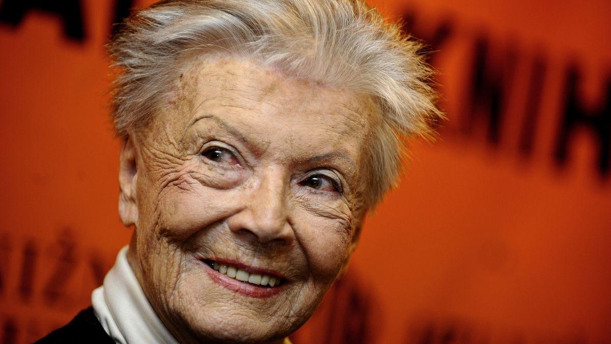 Cenu za celoživotní mistrovství v kategorii činohra dostala in memoriam herečka Zdenka Procházková (na archivním snímku z 1. března 2011).