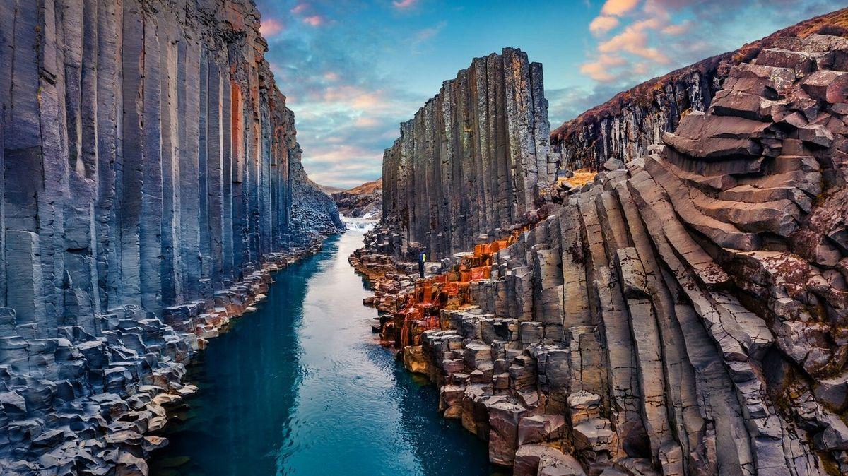 FOTO: Úchvatný islandský kaňon odhalila řeka teprve před dvanácti lety