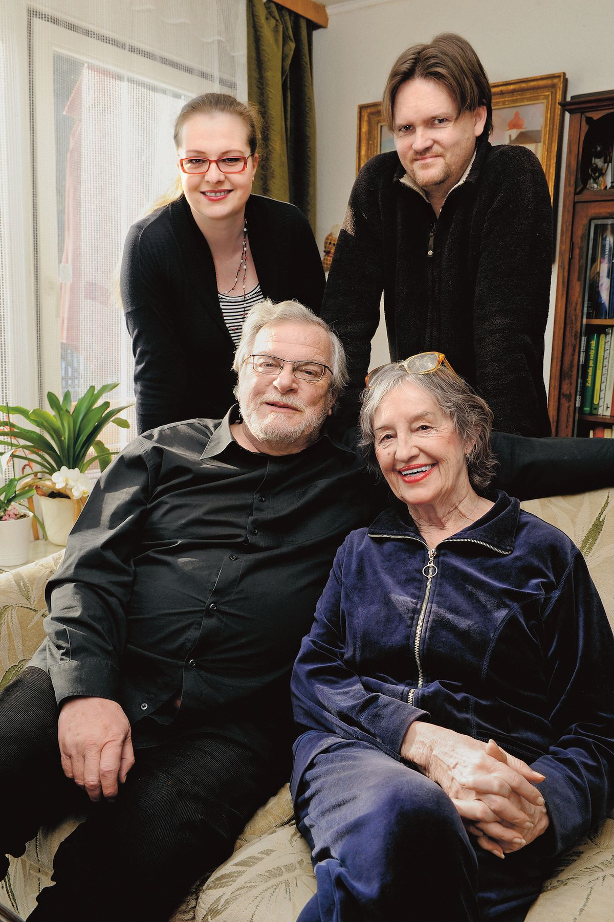 S manželkou, nejmladší dcerou Adélou a jejím mužem, hercem Martinem Kubačákem.