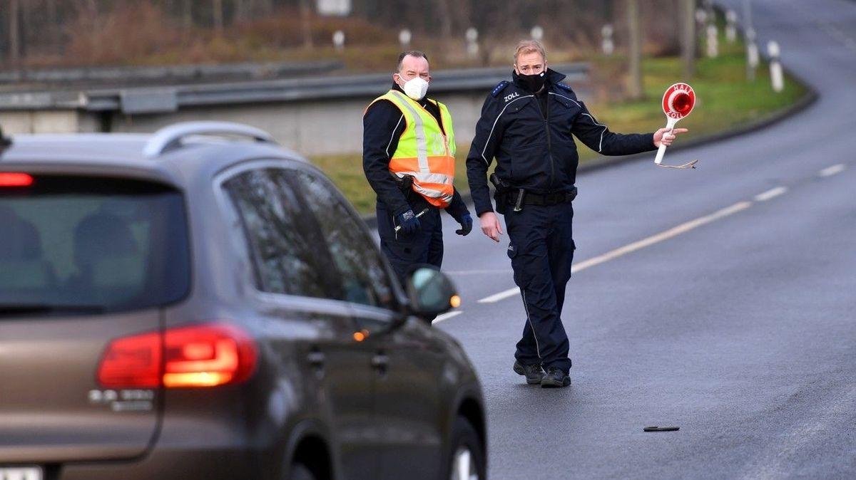 Německá policie chce kontroly na hranicích s Polskem kvůli migrantům
