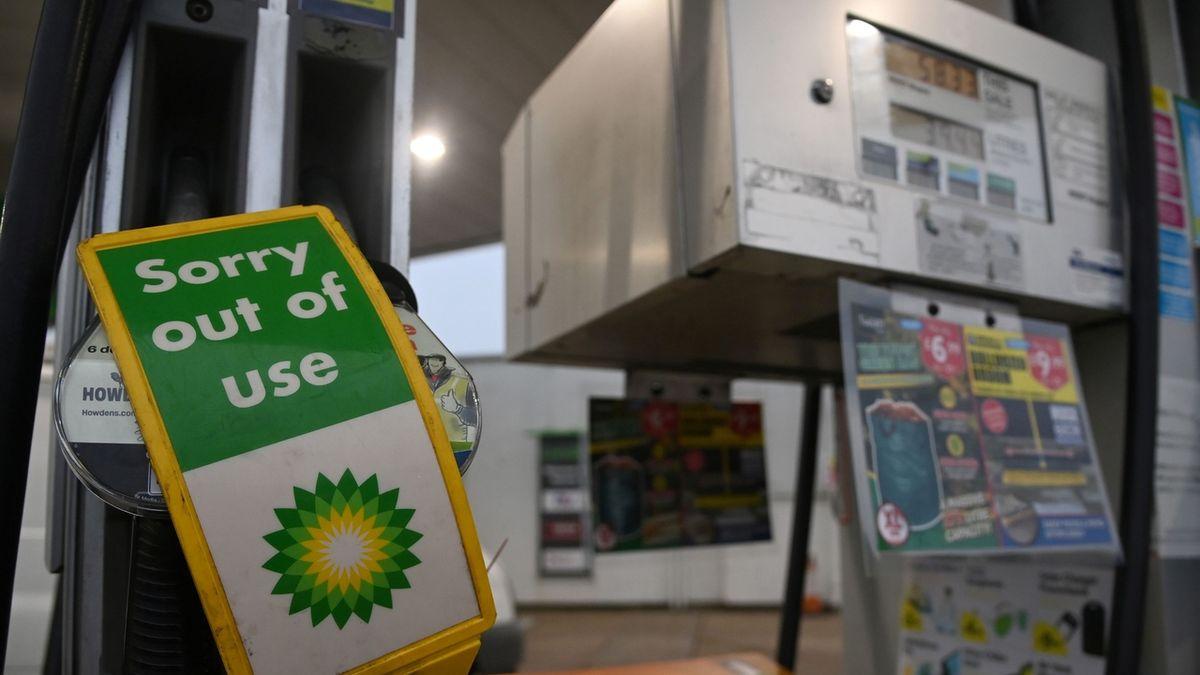 Británii zachvátila benzinová panika