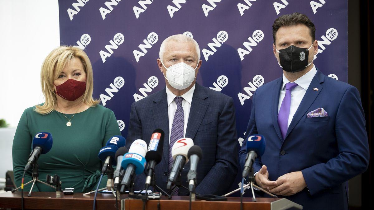Vondráček vyřazen z vyjednávacího týmu ANO