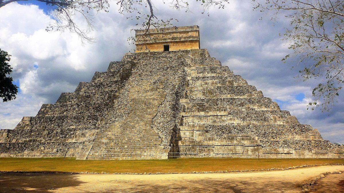 Chichén Itzá je jedním z nejznámějších měst Mayů.