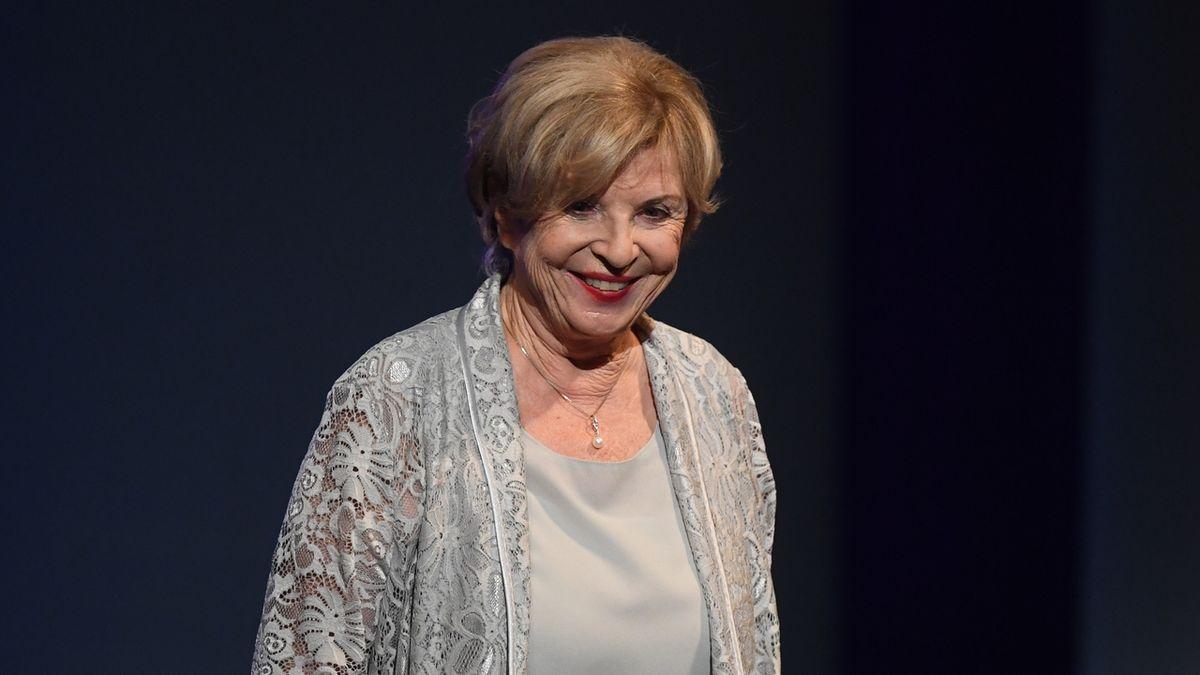 Cenu za celoživotní mistrovství v kategorii činohra, ženy převzala herečka Libuše Švormová.