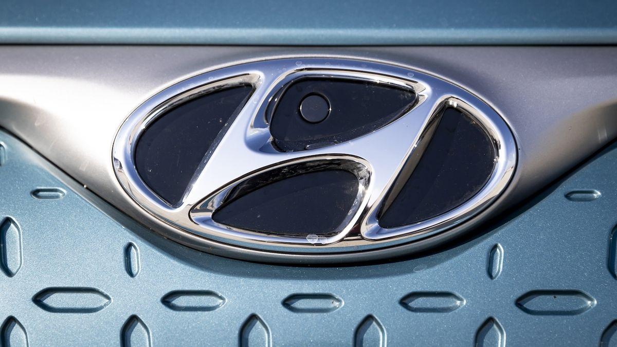 Hyundai a Kia loni prodaly nejméně aut za desetiletí