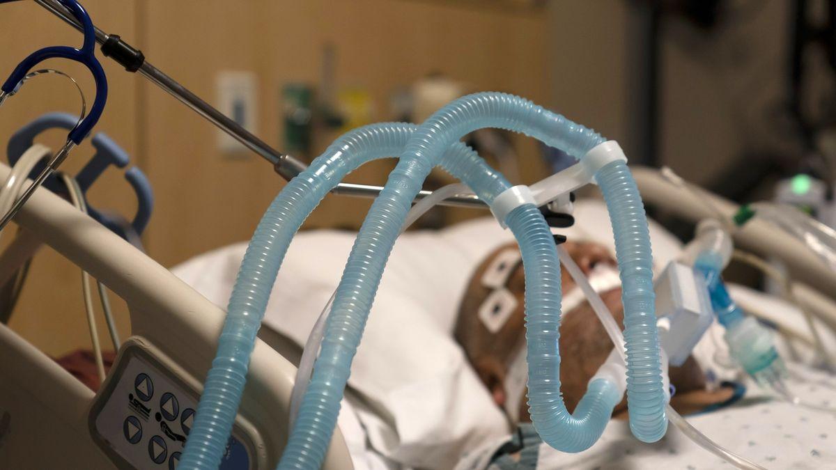 Ženě z Wisconsinu zemřelo na koronavirus 15 blízkých