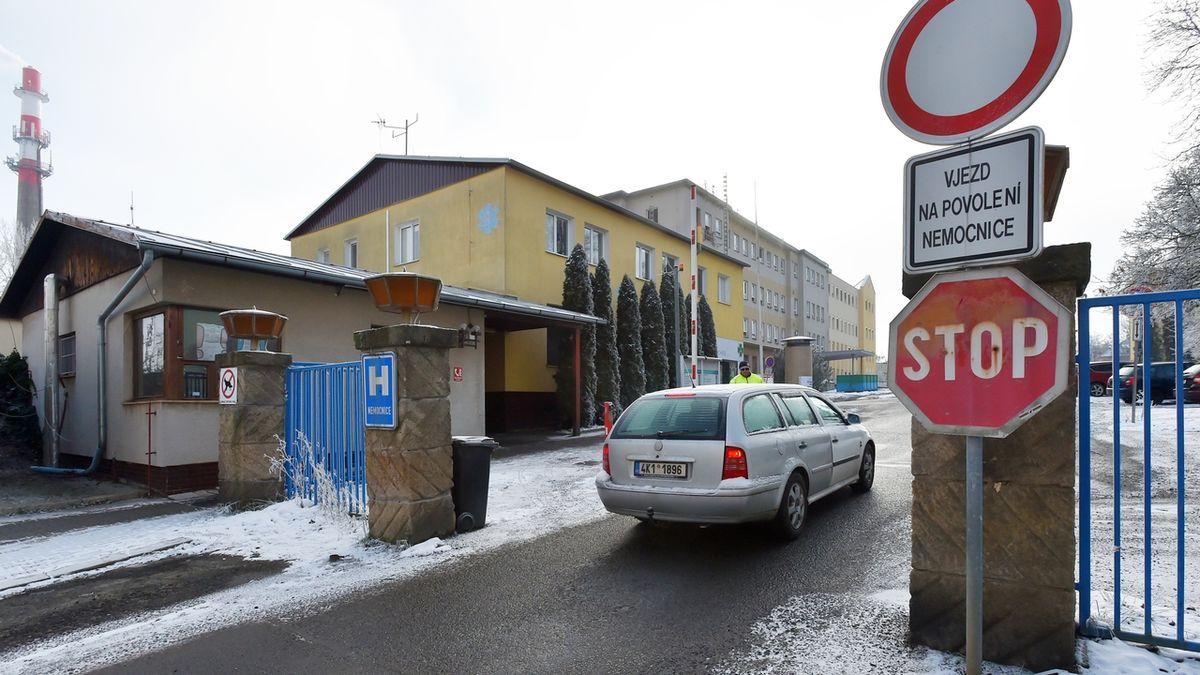 Signatáři požadují převoz pacientů z přeplněné chebské nemocnice do Německa
