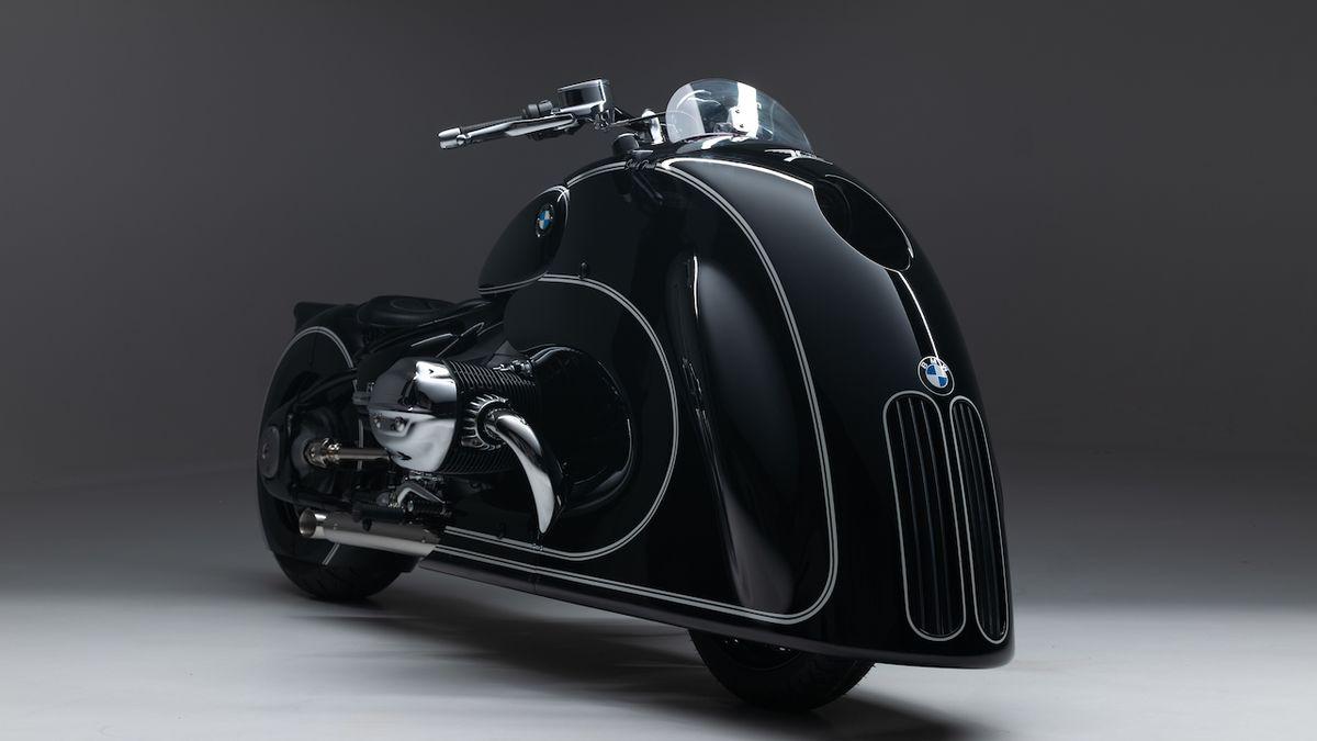 BMW představuje retro motocykl s ledvinkami na přídi