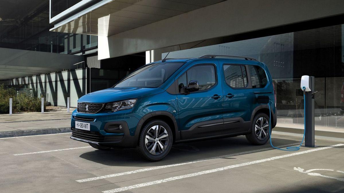 Elektrický Peugeot Rifter a Citroën Berlingo mají ceny pro český trh