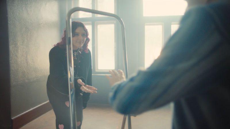 Karin Ann zpívá v písni a klipu Babyboy o svobodě