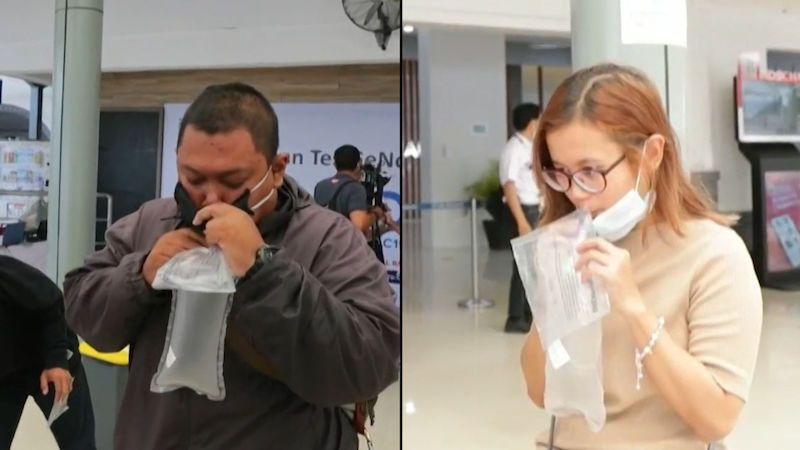 V Indonésii vyvinuli dechové testy na covid. Jsou přesné a rychlé