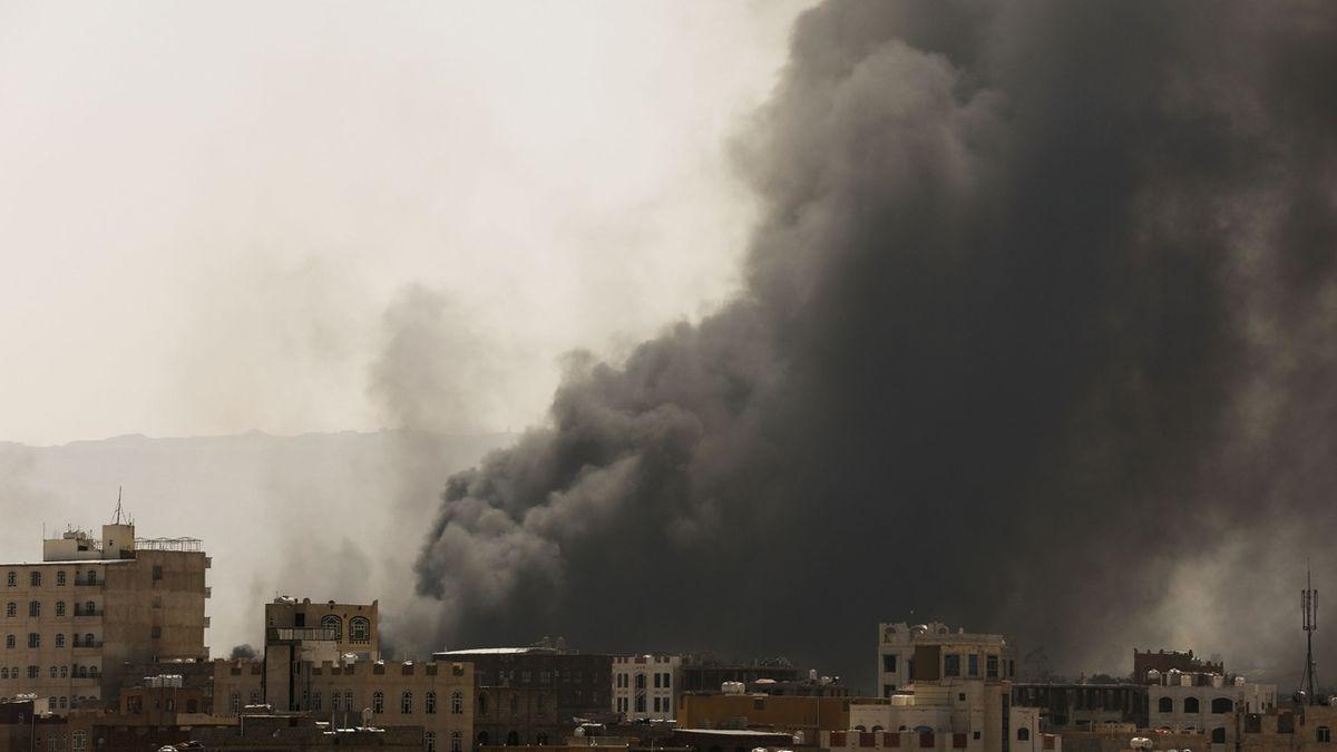 Uprchlický tábor v Jemenu zachvátil požár, nejméně 80 mrtvých
