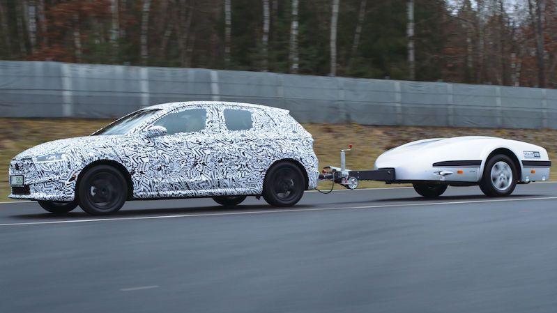 Jak se testuje nová Škoda Fabia? Přívěs simuluje i alpské průsmyky