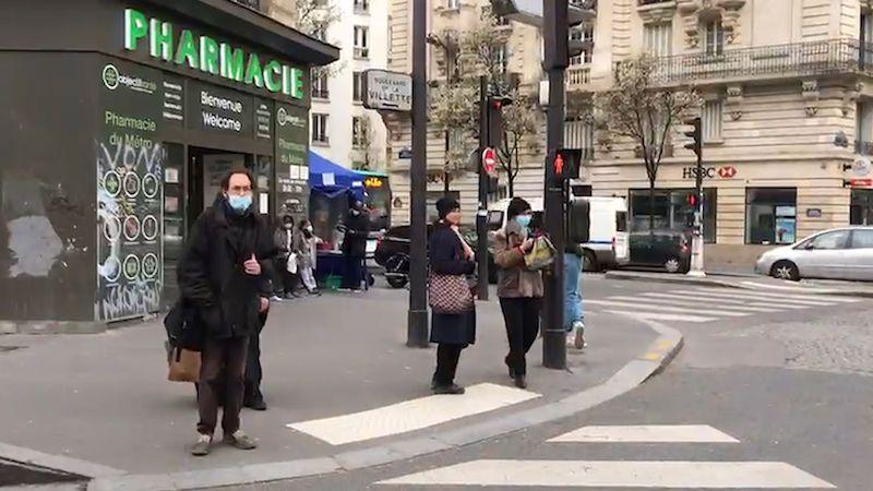 Zájem o vakcínu je velký, hlásí Francie. Proti covidu se očkuje už i v lékárnách