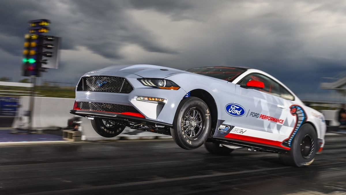 Elektrické dragstery budou mít vlastní kategorii. Poprvé budou závodit příští rok