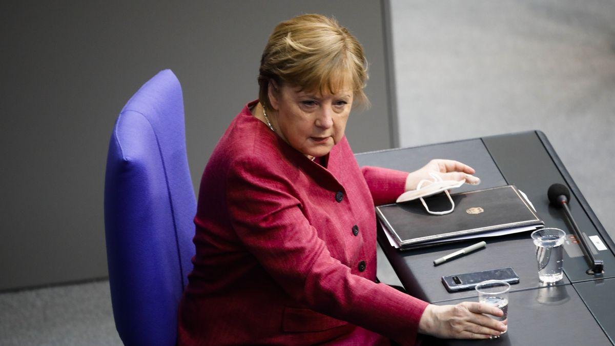 Německá vláda schválila rozvolnění pro očkované a uzdravené