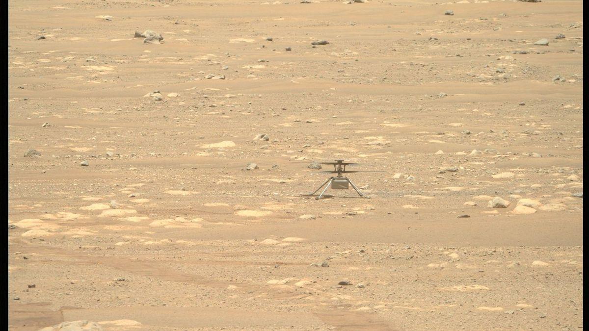 Američané odložili čtvrtý let vrtulníčku na Marsu i návrat astronautů z ISS