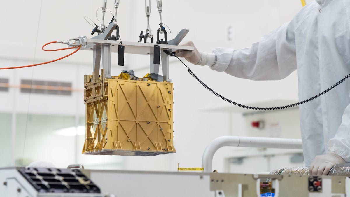 Rover Perseverance poprvé vyrobil na Marsu kyslík
