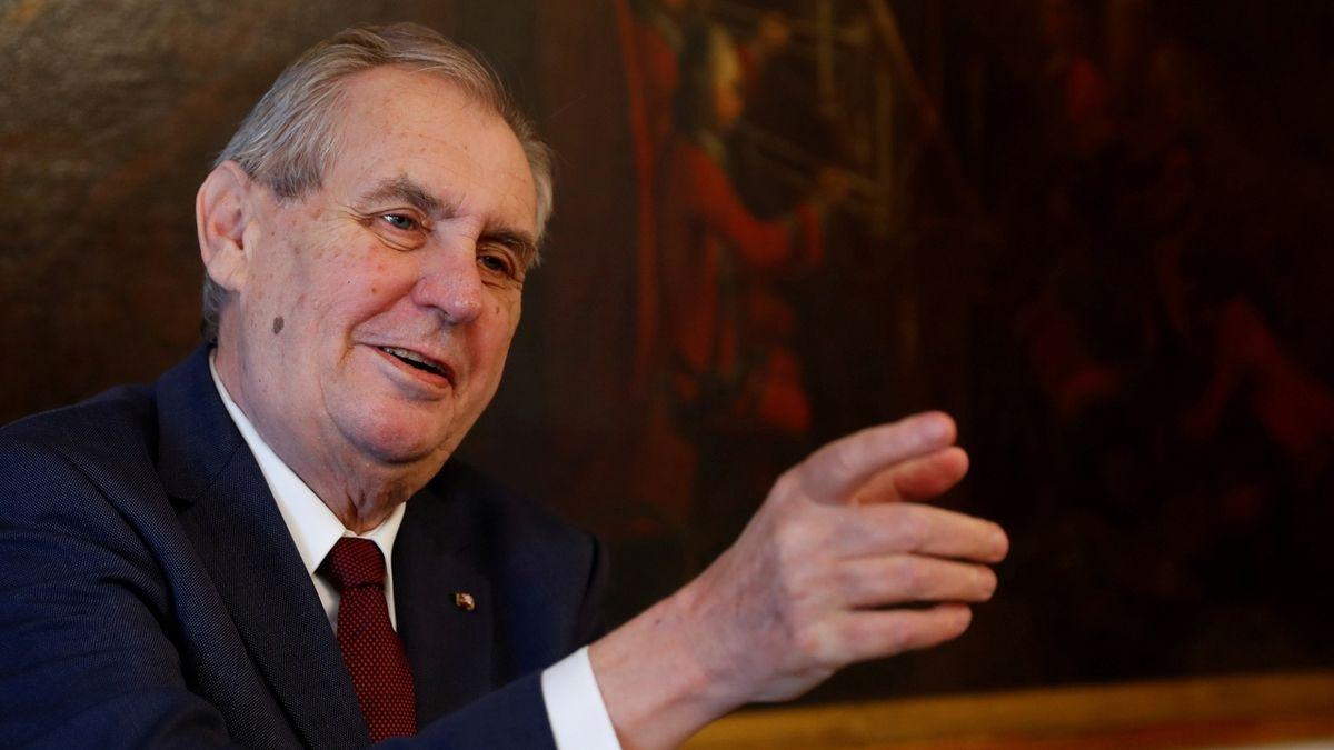 Senátní výbor: Zeman není schopen vykonávat prezidentský úřad