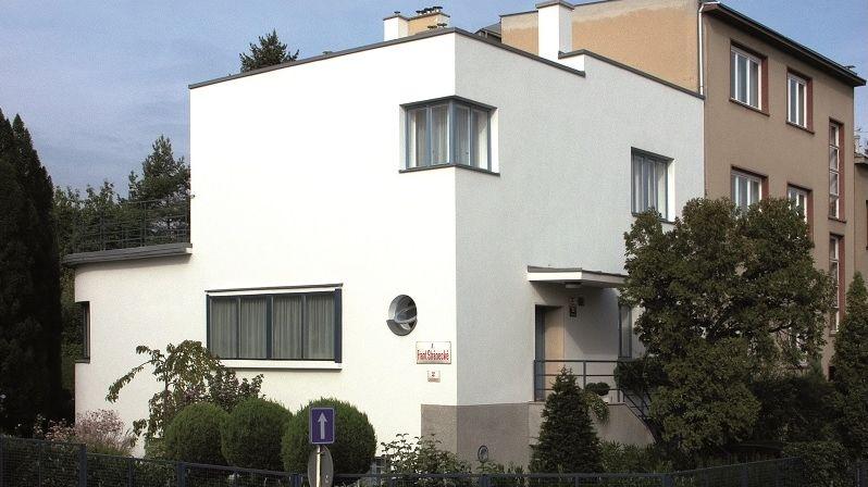 Elegantní vila Spitzer díky podařené obnově dodnes poskytuje skvělý komfort bydlení