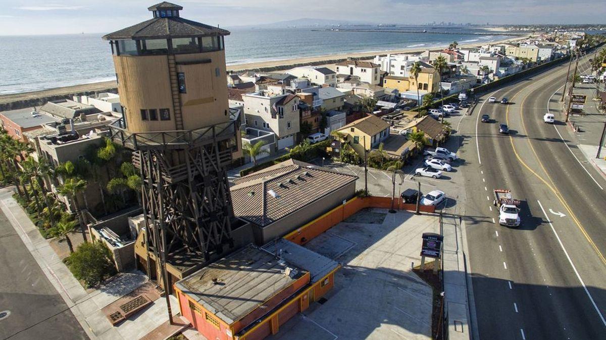 Historie, romantika, výhled. To jsou přednosti bydlení ve vodárenské věži na pláži