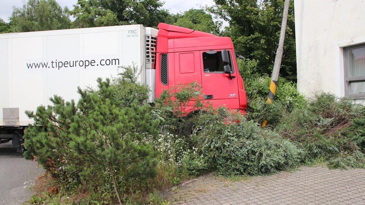 Řidič kamionu nadýchal téměř čtyři promile