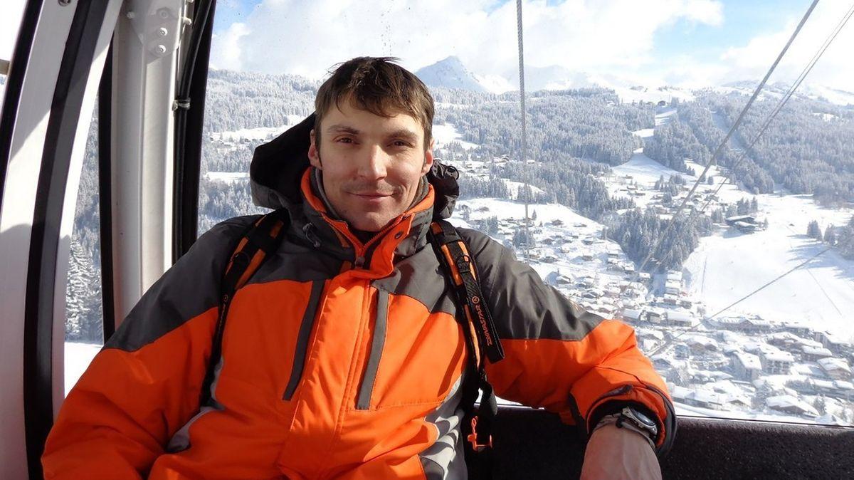 Turistu na Sibiři usmrtil medvěd, jeho kolegové prchali bosky sedm hodin