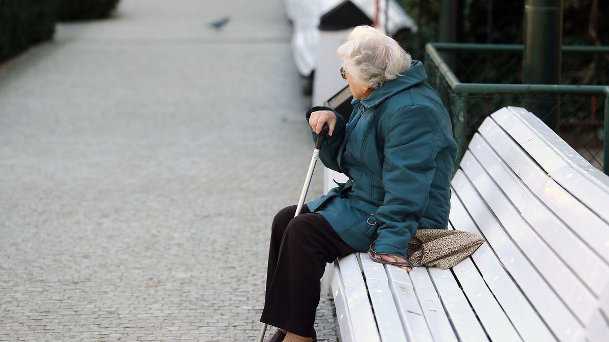 Strany slibují vyšší důchody, věk odchodu do penze nezvednou