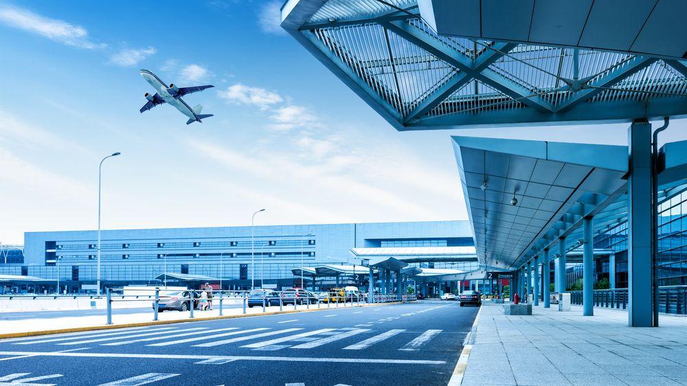 Šanghaj zavřela kvůli bouři In-fa obě mezinárodní letiště