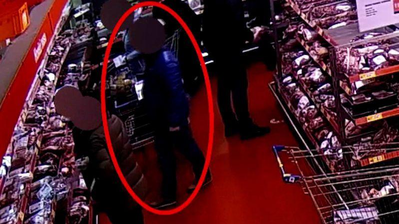 Muž ukradl v ostravské prodejně 300 kg masa. Usvědčily ho kamery