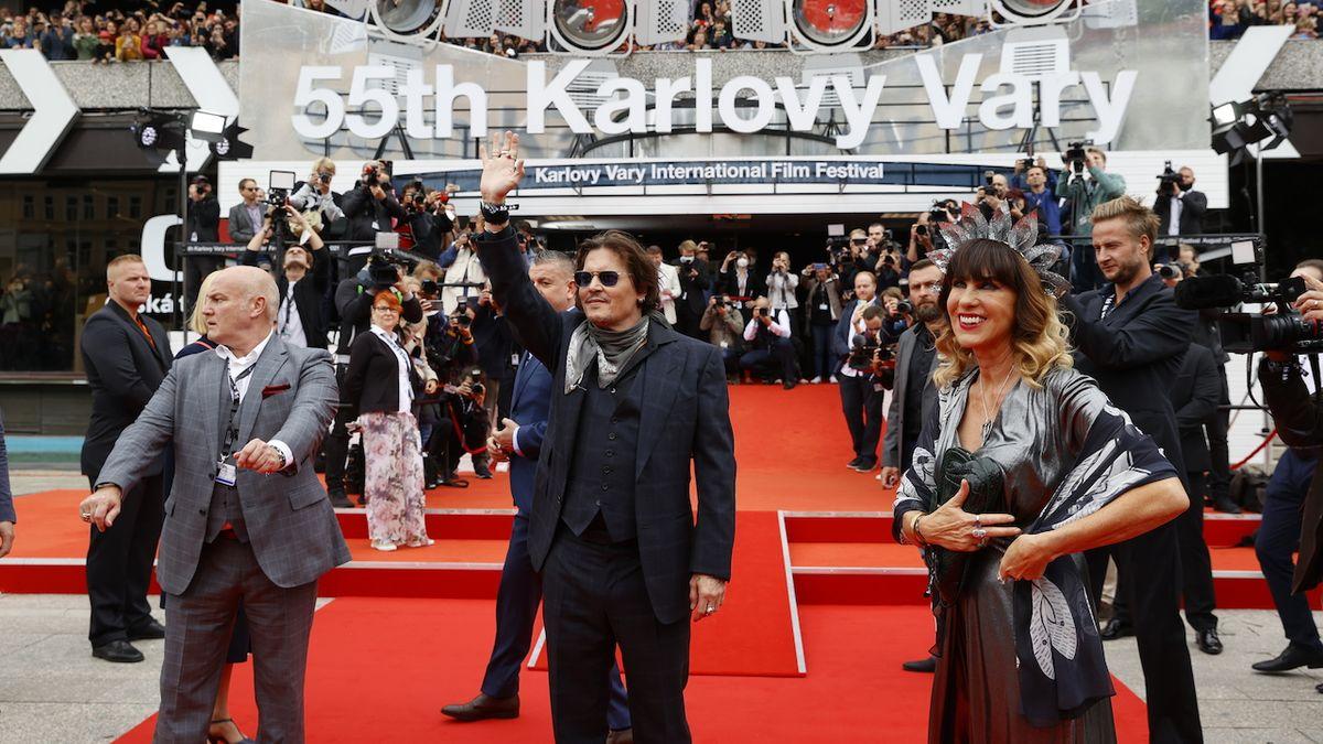 FOTO: Johnny Depp ve Varech. Jsem tu kvůli fanouškům
