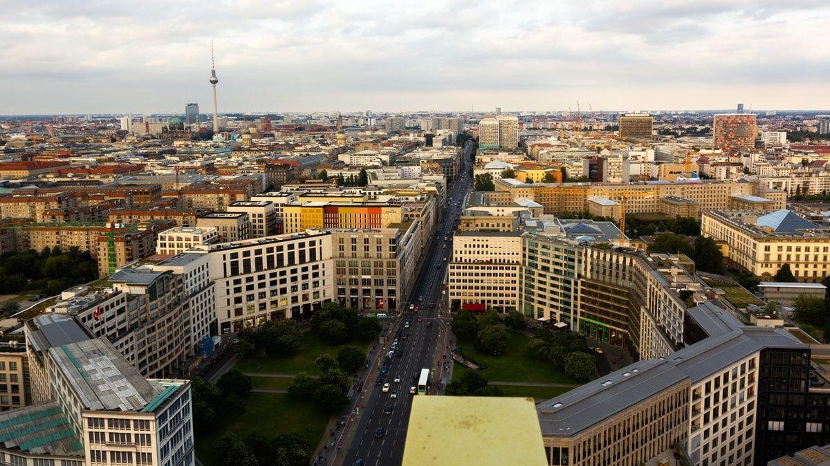 Berlín koupí 15 tisíc bytů za 62 miliardy