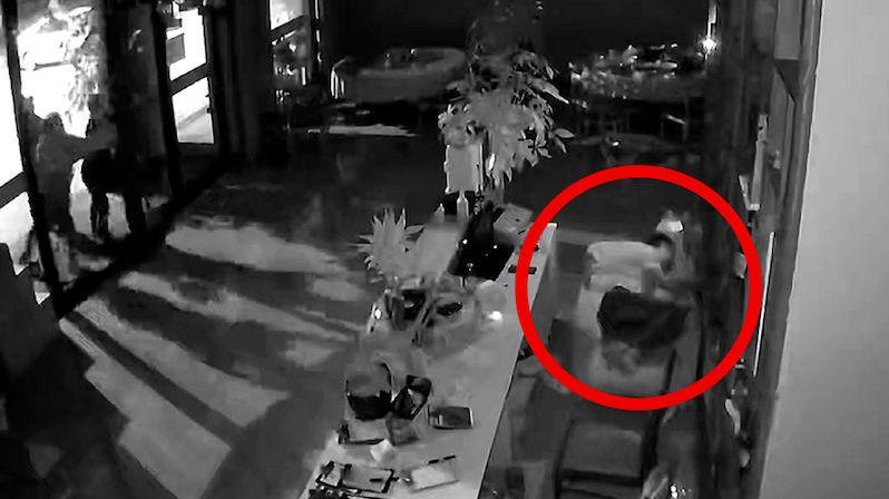 Opilý majitel restaurace vyděsil trojici zlodějů