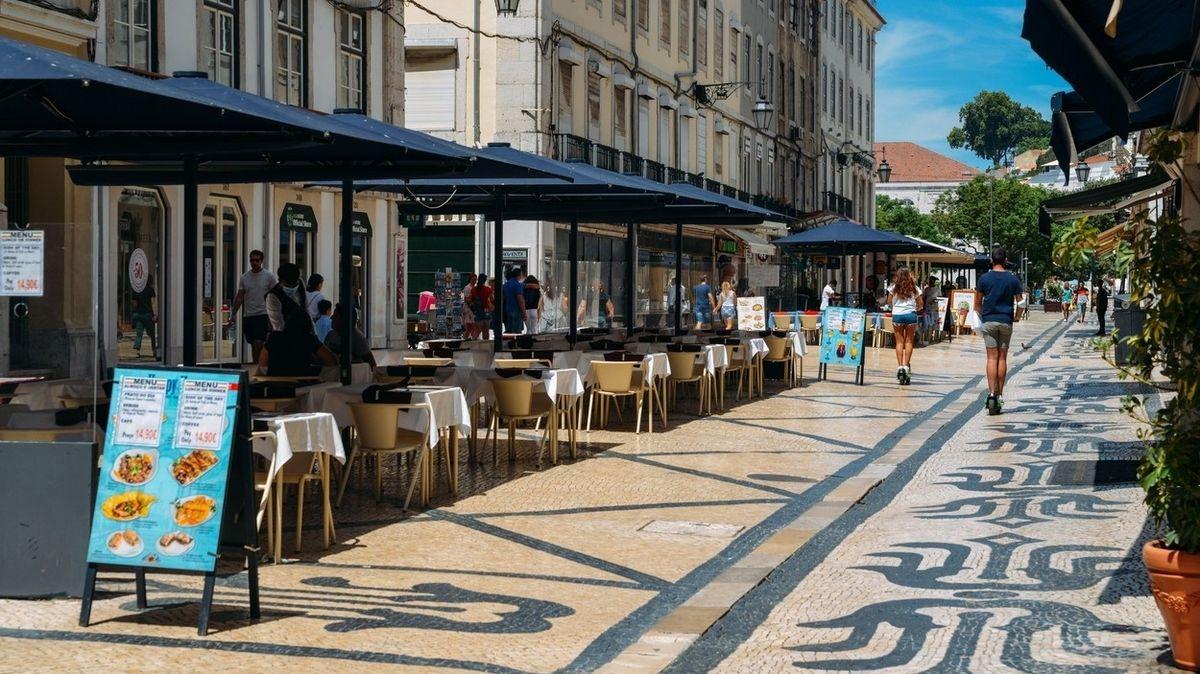 Proočkované Portugalsko zruší téměř všechny restrikce