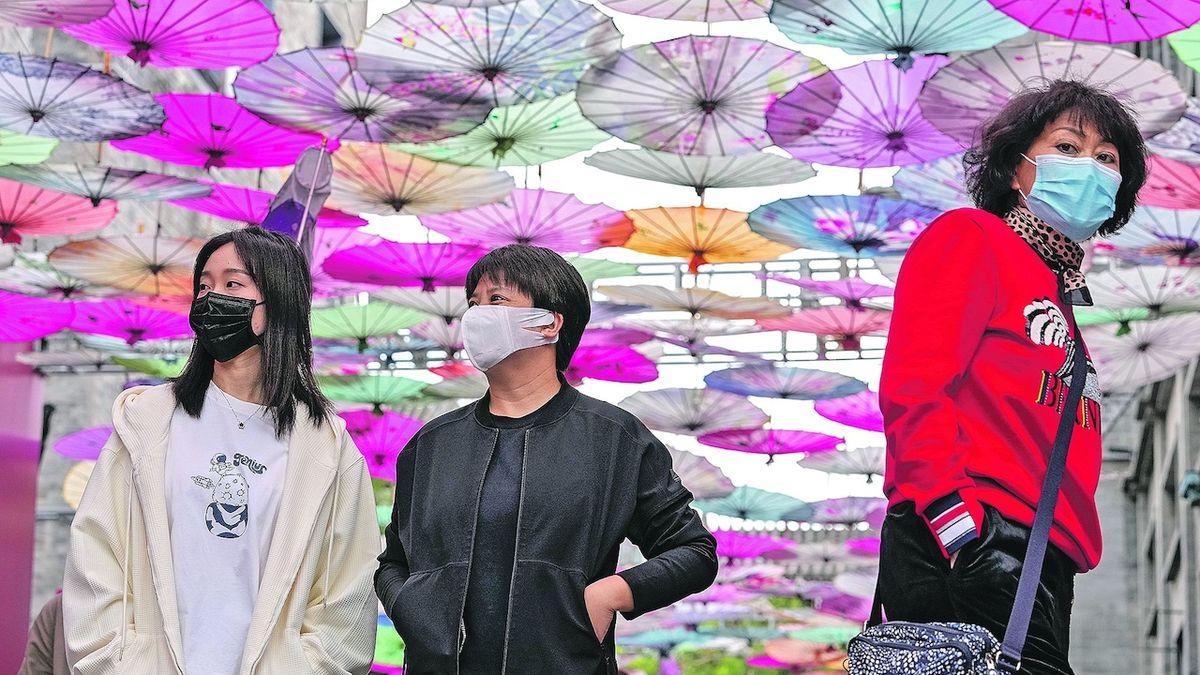 Čína dodatečně prověří tisíce krevních vzorků z Wu-chanu