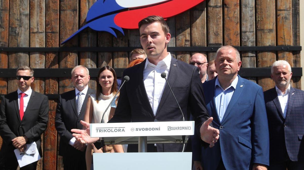 Chceme řešit diskriminaci neočkovaných, říká lídr Svobodných Vondráček