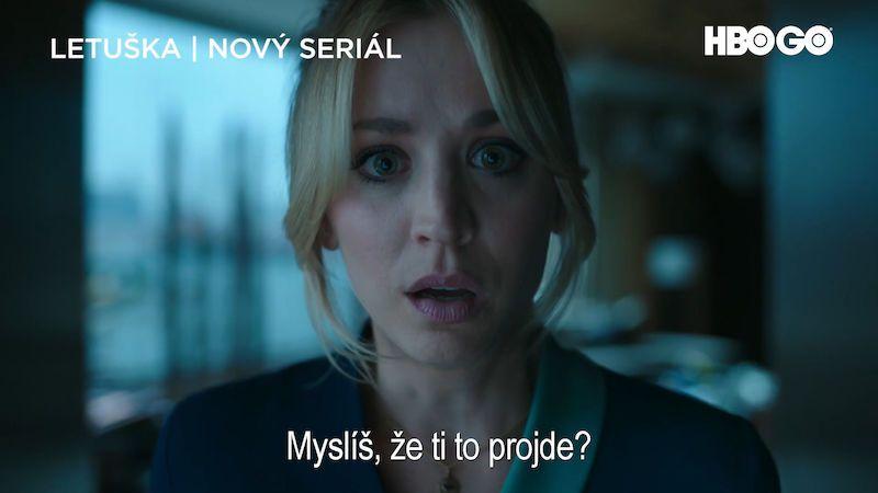 RECENZE: I jako letuška v thrilleru je Cuocová v podstatě Penny