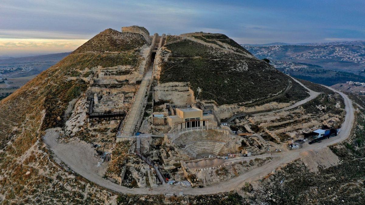 V Izraeli otevírají dosud nepřístupné části Herodova paláce