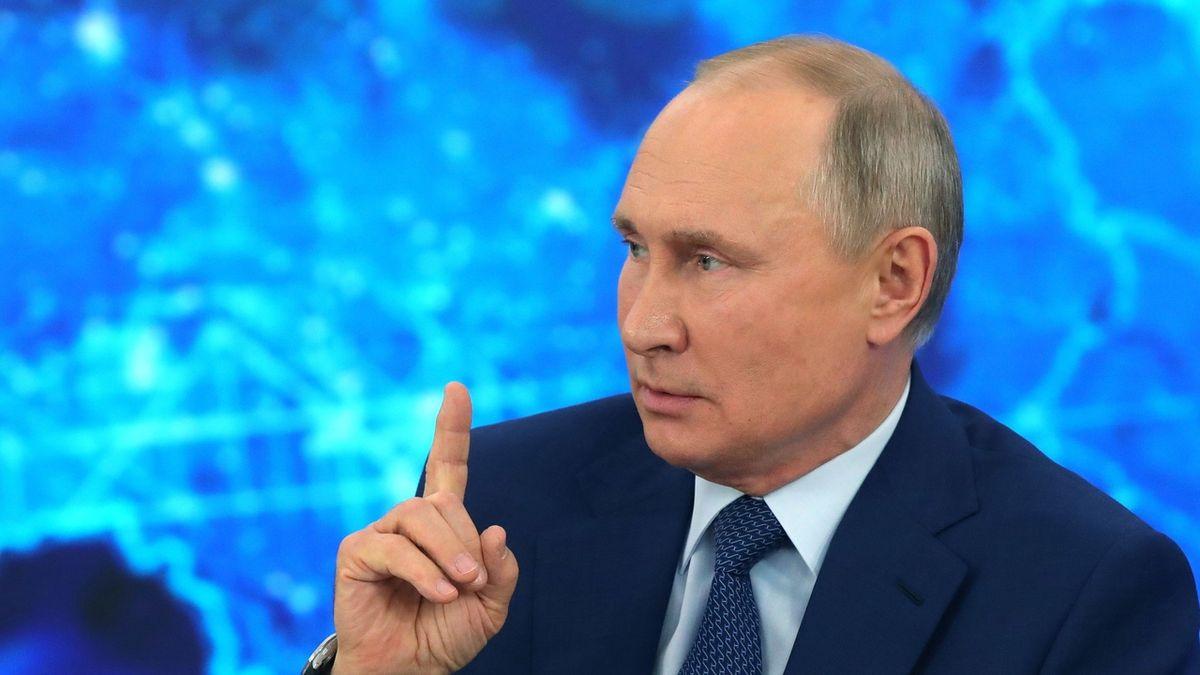 Trochu mě brněla ruka, řekl Putin k očkování. Kolektivní imunitu Rusů čeká do konce léta