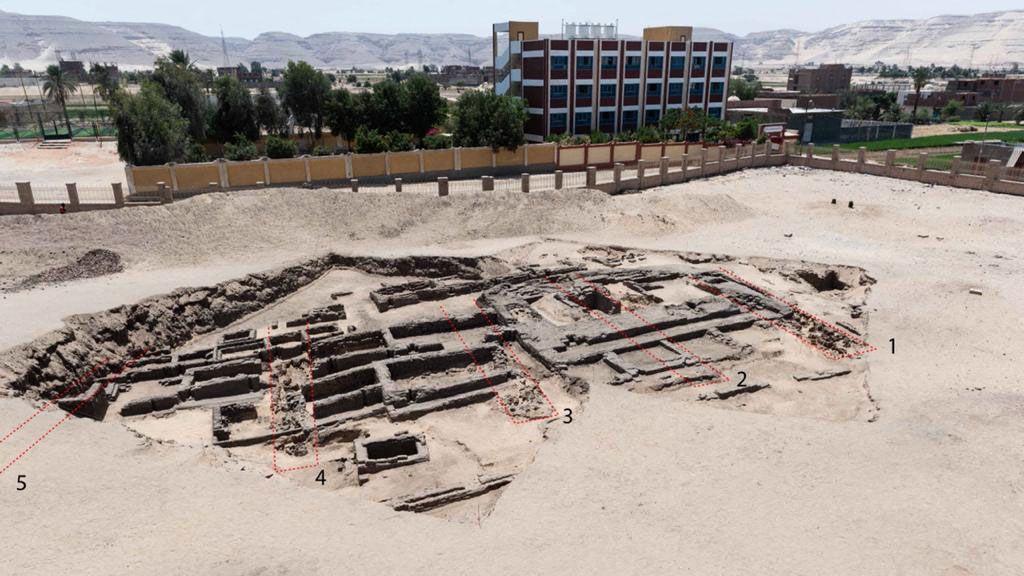 V Egyptě objevili zřejmě nejstarší velkovýrobnu piva na světě
